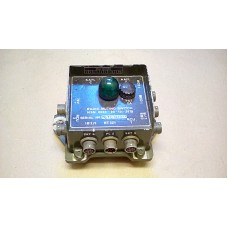 CLANSMAN RADIO MUTING SWITCH BOX